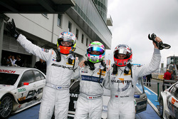 Race winner Bruno Spengler, Team HWA AMG Mercedes C-Klasse, second place Paul di Resta, Team HWA AMG