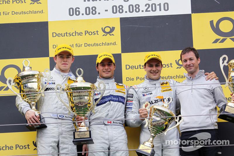 Podium: race winner Bruno Spengler, Team HWA AMG Mercedes C-Klasse, second place Paul di Resta, Team