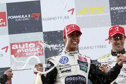 Podium: race winner Antonio Felix da Costa, Motopark Academy Dallara F308 Volkswagen celebrates with champagne