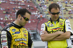Paul Menard met crew chief, Matt Puccia
