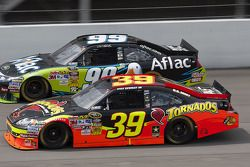 Ryan Newman, Stewart-Haas Racing Chevrolet, Carl Edwards, Roush Fenway Racing Ford