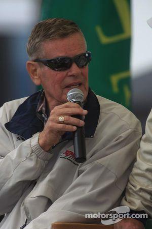 Hommage à Dan Gunrey: Bobby Unser parle de la voiture de Dan Gunrey qu'il a piloté