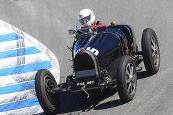 Group 4A vainqueur Charles Dean 1932 Bugatti Type 51