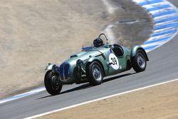 Herb Wetanson, vainqueur de la course du groupe 2B , au volant d'une Frasier Nash Le Mans de 1951
