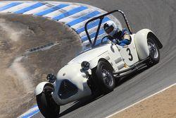 John Buddenbaum, vainqueur de la course du groupe 3B, au volant d'une Jaguar Sp 1 Parkinson de 1949