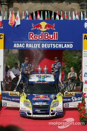 Podium: Patrik Sandell and Emil Axelsson, Skoda Fabia S2000, Red Bull Rallye Team