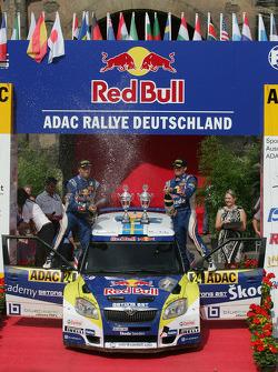 Podium: Patrik Sandell and Emil Axelsson, Skoda Fabia S2000, Red Bull Rallye Team
