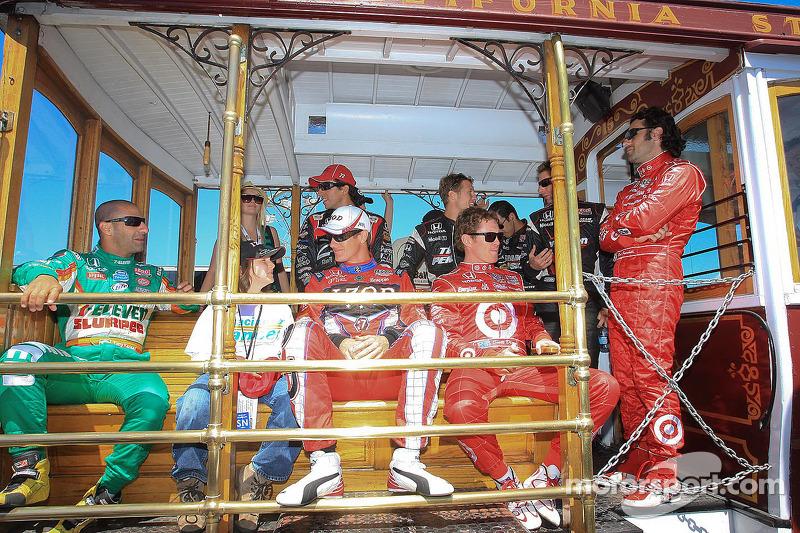 Tony Kanaan, Andretti Autosport, Ryan Hunter-Reay, Andretti Autosport, Scott Dixon, Target Chip Ganassi Racing, Dario Franchitti, Target Chip Ganassi Racing