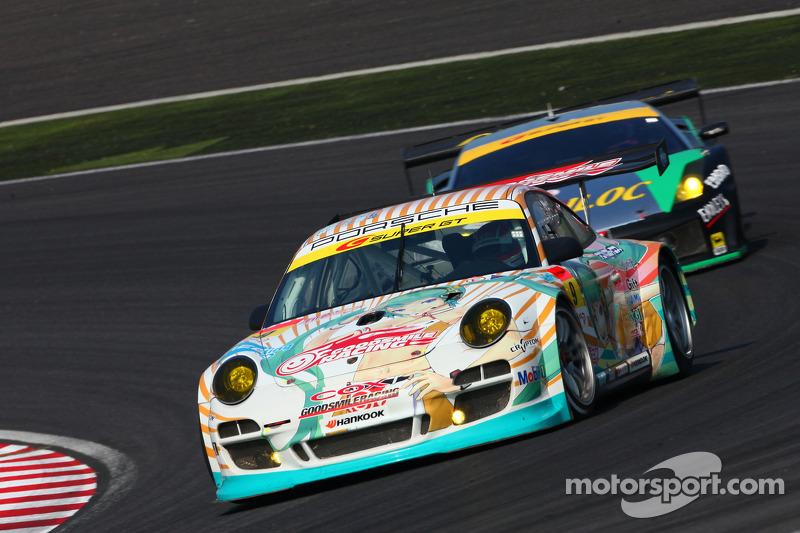 #9 Hatsune Miku X gsr Porsche : Taku Banba, Masahiro Sasaki, Mitsuhiro Kinoshita