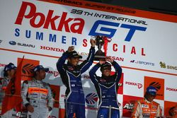 GT300 podium Winner: #62 R&d Sport Legacy B4:Tetsuya Yamamoto, Kota Sasaki
