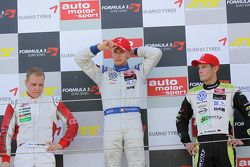 Podium: race winner Edoardo Mortara, Signature Dallara F308 Volkswagen, second place Valtteri Bottas, ART Grand Prix Dallara F308 Mercedes, third place Marco Wittmann, Signature Dallara F308 Volkswagen