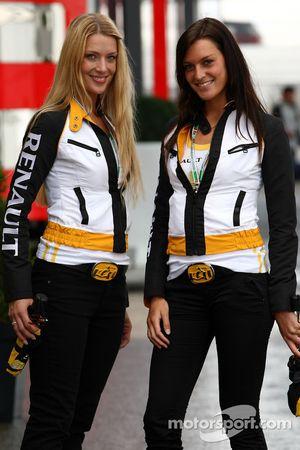 Renault girls