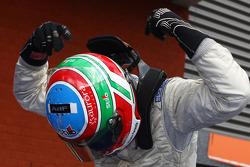 Alvaro Parente celebrates second place