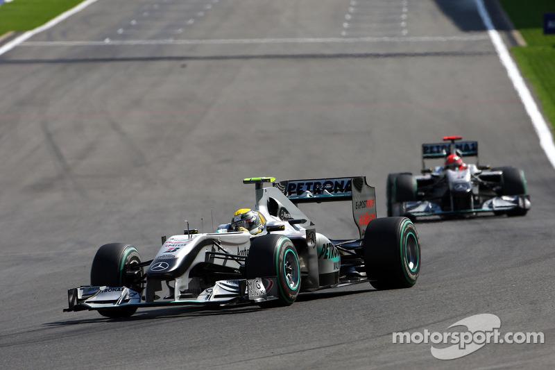 Mercedes, 2010: 142 pontos, 7º no campeonato