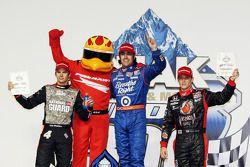 Podium : Dario Franchitti, Target Chip Ganassi Racing, vainqueur devant Dan Wheldon, Panther Racing et Marco Andretti, Andretti Autosport