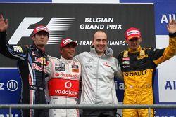Podio: il vincitore della garaLewis Hamilton, il secondo classificato Mark Webber, il terzo classifi