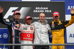 Podium: Sieger Lewis Hamilton, 2. Mark Webber, 3. Robert Kubica