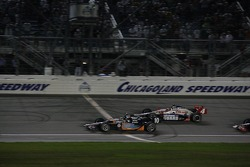 Dario Franchitti, Target Chip Ganassi Racing takes the checkered flag