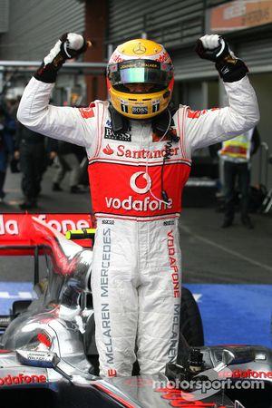 Race winnaar Lewis Hamilton, McLaren Mercedes