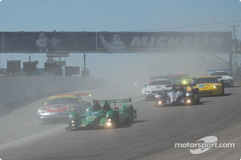 Start 2010 Grand Prix of Mosport
