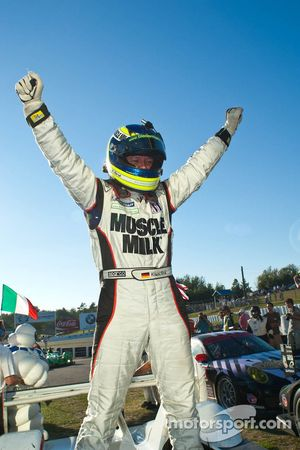 Klaus Graf fête sa victoire lors du Grand Prix de Mosport
