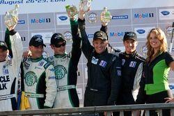 Vainqueurs par catégorie : #88 Velox Motorsport Porsche 911 GT3 Cup : Shane Lewis, Lawson Aschenbach, #99 Green Earth Team Gunnar Oreca FLM09: Gunnar Jeannette