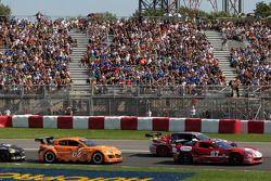 Départ GT: #07 Banner Racing Corvette: Paul Edwards, Scott Russell, #68 SpeedSource Mazda RX-8: Adam