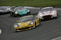 #13 Phoenix Racing / Carsport Corvette Z06: Marc Hennerici, Alexandros Margaritis mène la danse