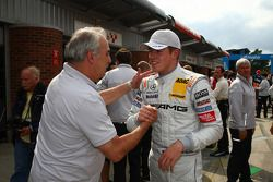 Vainqueur Paul di Resta, Team HWA AMG Mercedes