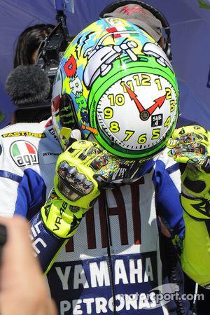 Valentino Rossi, Fiat Yamaha Team arbore son casque spécial