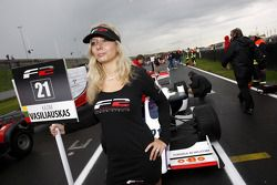 F2 grid girl for Kazim Vasiliauskas