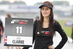 F2 pitspoes voor Jack Clarke