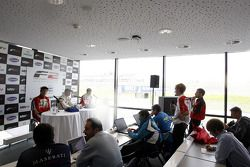 Press conference: race winner Dean Stoneman, second place Kazim Vasiliauskas, third place Jolyon Palmer