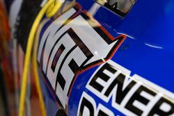 Kyle Busch's auto staat in de pitbox