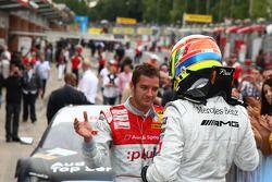 Le vainqueur Paul di Resta (Team HWA AMG Mercedes) fête sa victoire