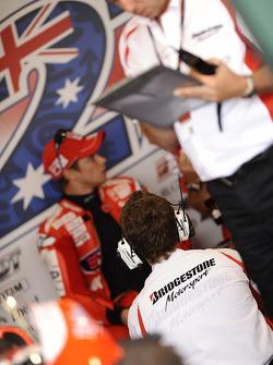 Гараж Ducati Marlboro Team