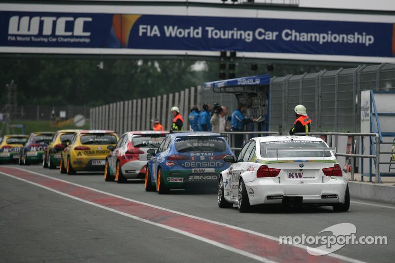 Start vrije trainingen, Augusto Farfus BMW Team RBM BMW 320si