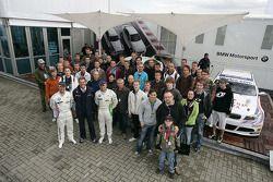 Andy Priaulx BMW Team RBM BMW 320si, Dr. Mario Theissen, Augusto Farfus BMW Team RBM BMW 320si with