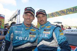 Winner: Alain Menu Chevrolet, Chevrolet Cruze LT and Yvan Muller Chevrolet, Chevrolet Cruze LT