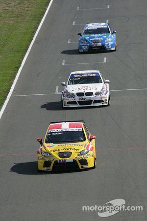 Michel Nykjer Sunred Engineering Seat Leon 2.0 TDI and Andy Priaulx BMW Team RBM BMW 320si