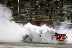 Race winner Tony Stewart, Stewart-Haas Racing Chevrolet celebrates