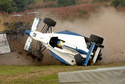 سيارة فابيو غامبيريني تنقلب إثر حادث كبير