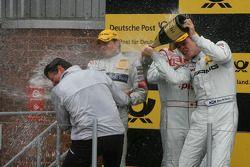 Podium: le vainqueur Paul di Resta, Team HWA AMG Mercedes, en seconde place Bruno Spengler, Team HWA