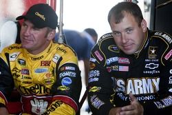 Ryan Newman, Stewart-Haas Racing Chevrolet et Clint Bowyer, Richard Childress Racing Chevrolet