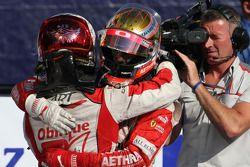 Jules Bianchi, deuxième, et Sam Bird, vainqueur