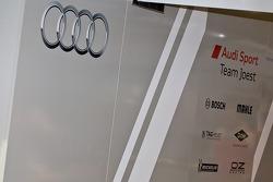 Audi Team Garage