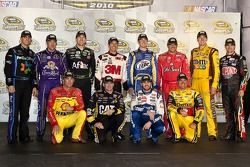 Top 12 du chase : Denny Hamlin, Matt Kenseth, Carl Edwards, Greg Biffle, Kurt Busch, Tony Stewart, Kyle Busch, Jeff Gordon, Kevin Harvick, Jeff Burton, Jimmie Johnson, Clint Bowyer