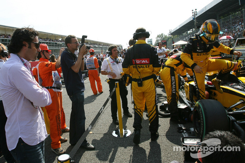Robert Kubica, Renault F1 Team and Dario Franchitti, Indycar driver