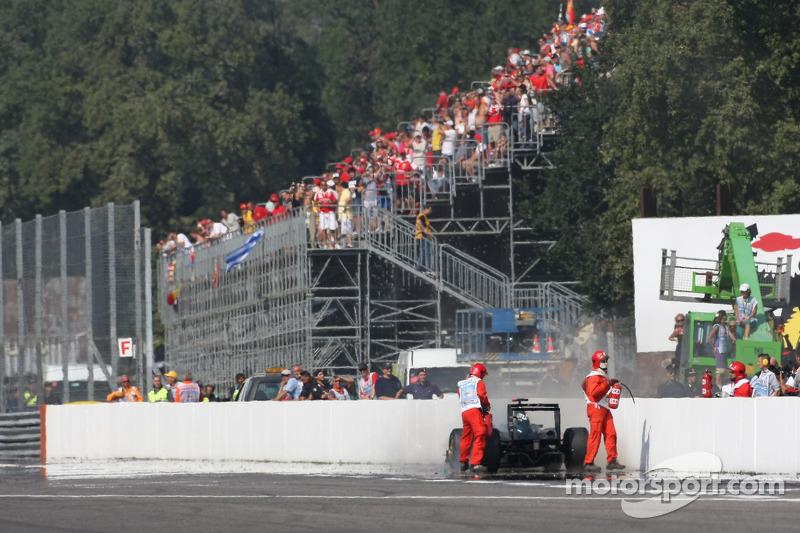 Problemen voor Jarno Trulli, Lotus F1 Team