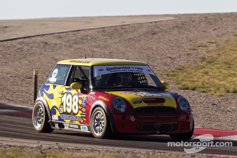 #198 RSR Motorsports Mini Cooper S: Sarah Cattaneo, Owen Trinkler